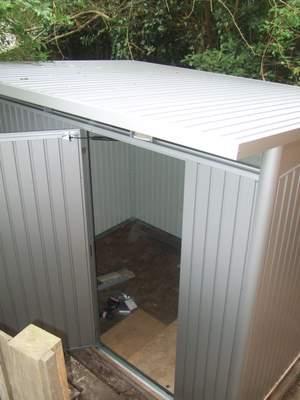 Biohort shed roof