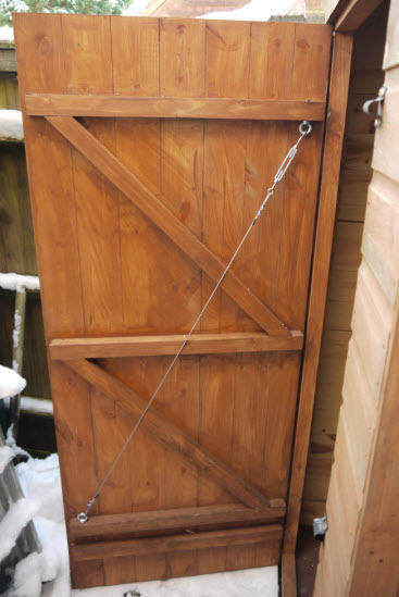 How To Fix A Sagging Door >> How To Fix A Sagging Shed Door So That You Can Once Again