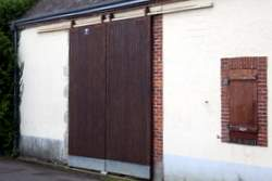 sliding shed doors